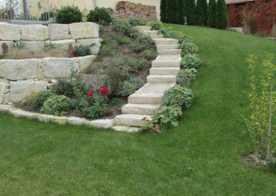 natursteinmauern-treppen-7